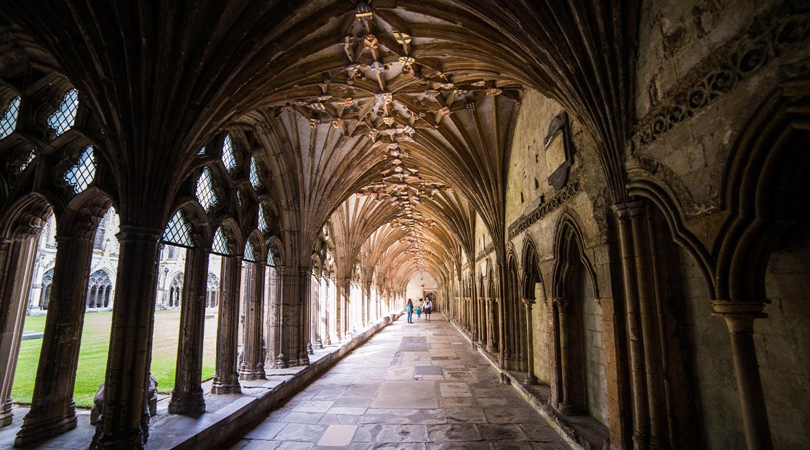 Le cloître de la cathédrale de Canterbury