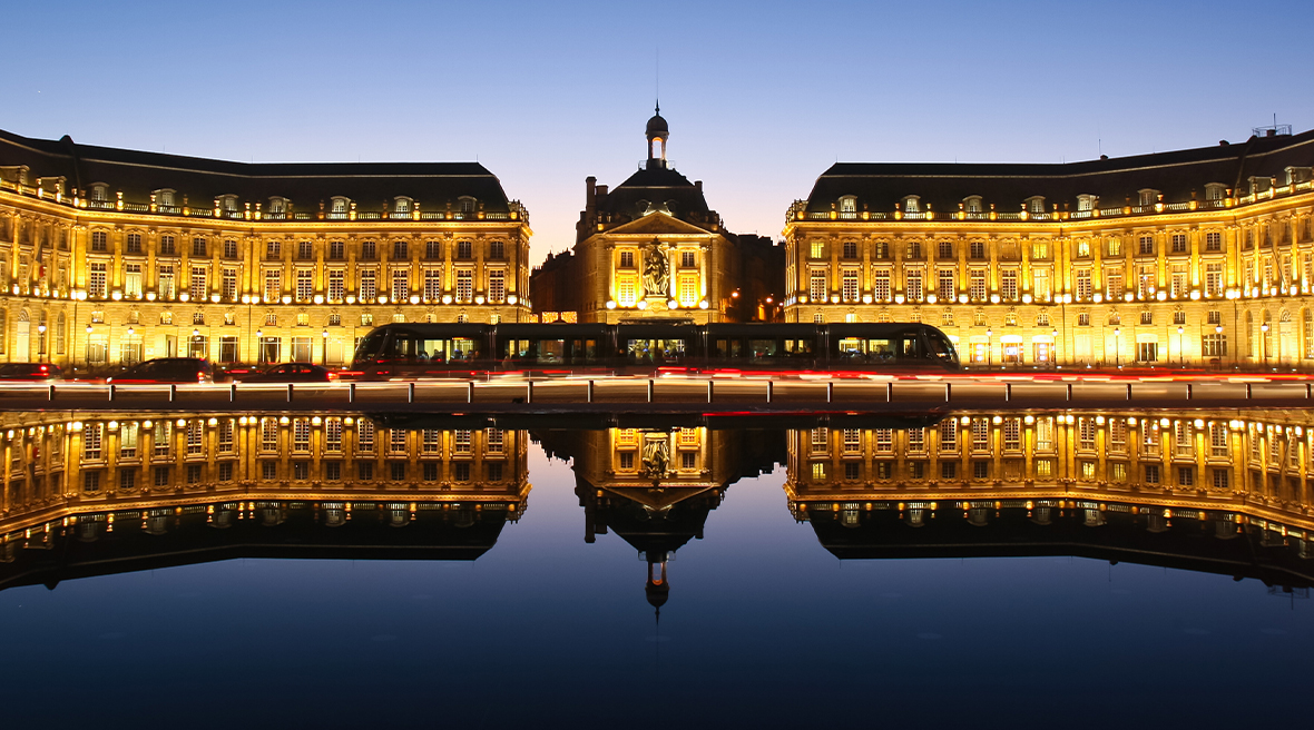 The Miroir d'Eau in front of the Place de la Bourse is most spectacular at night.