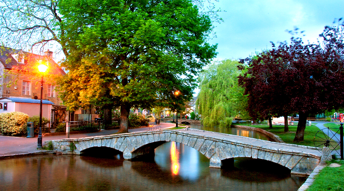 Le village de Bourton-on-the-Water, surnommé la Venise des Cotswolds